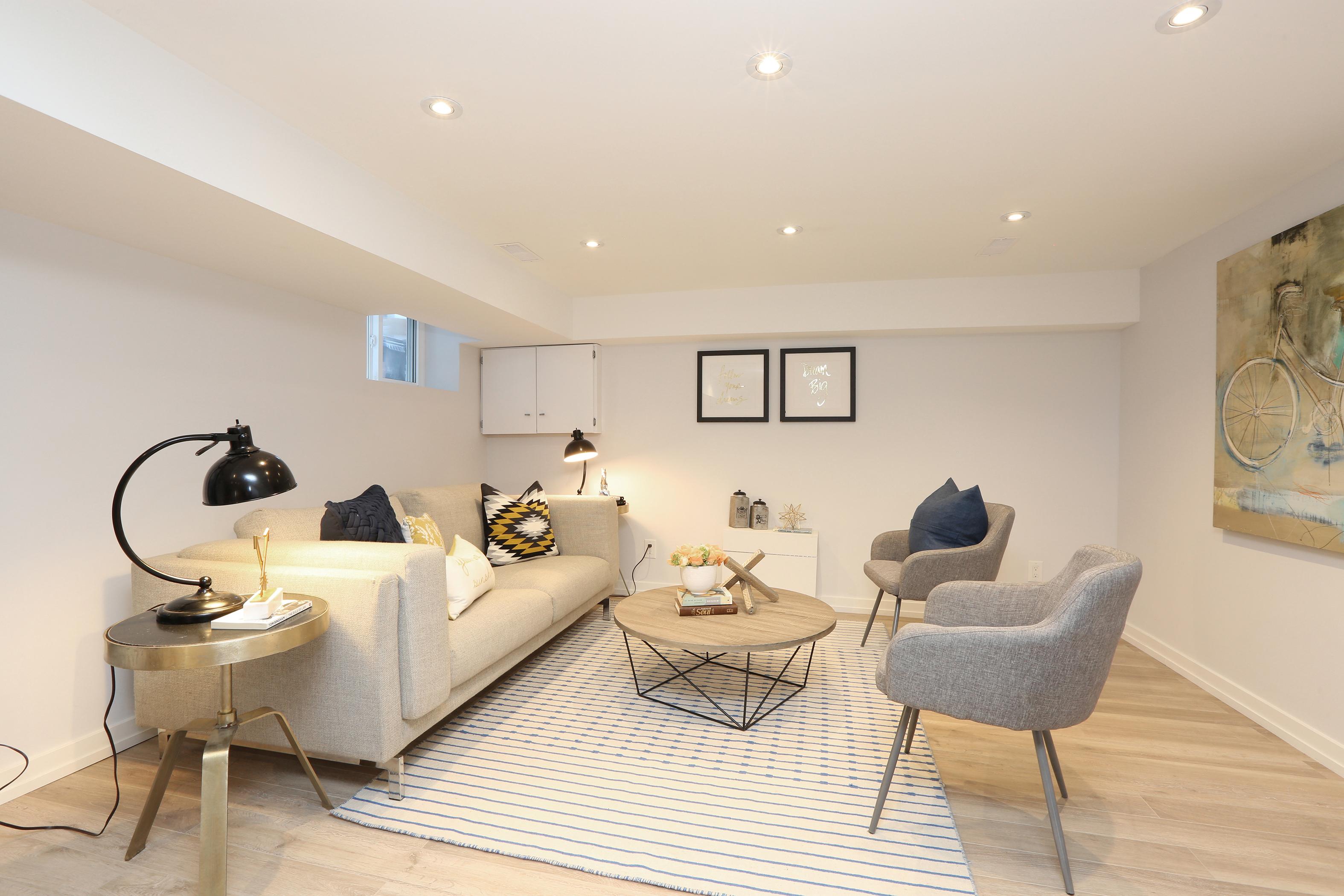 325 Milverton Blvd - Leslie Brlec   Etobicoke Real Estate Agent ...